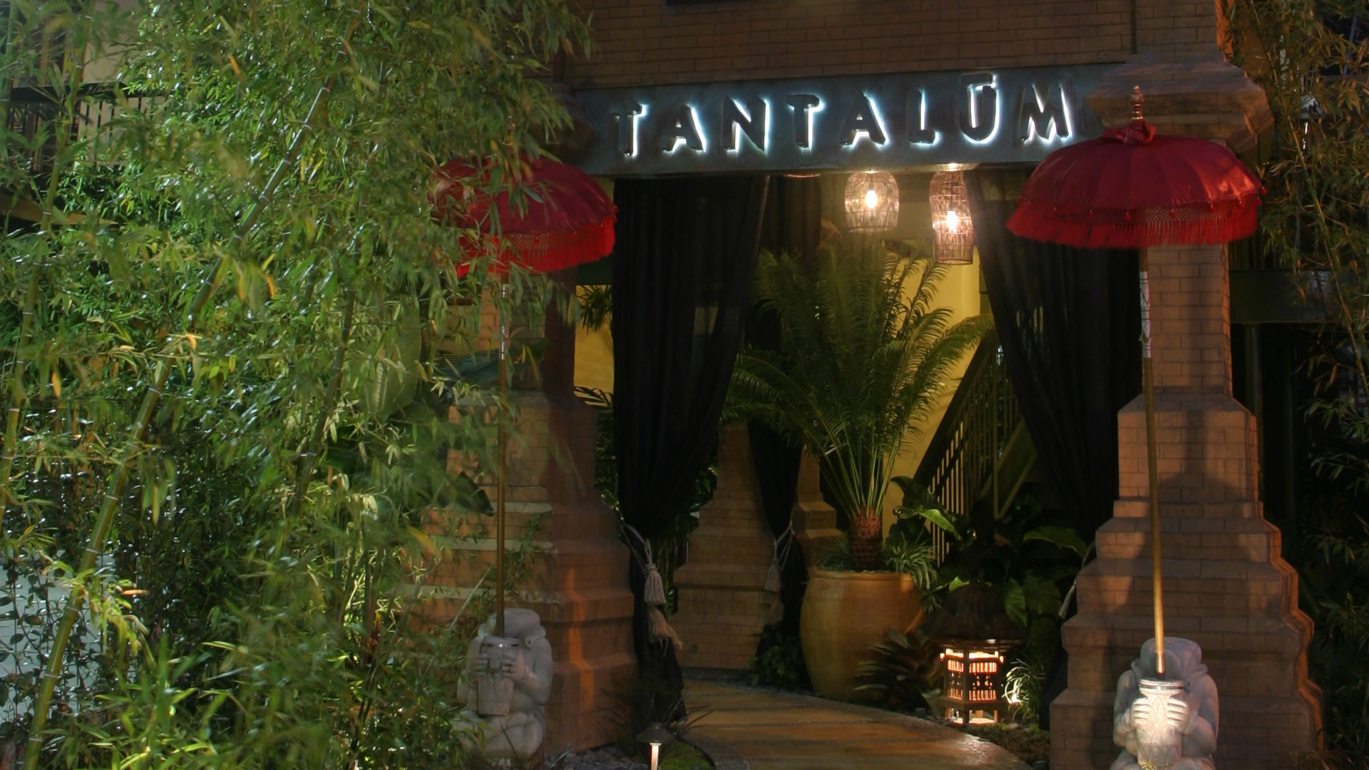Tantalum Restaurant Exotic Fine Dining On The Waterfront